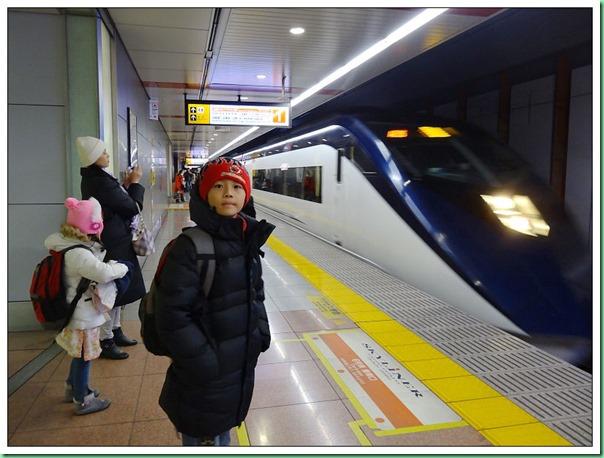 20140120_2 機場託運行李後搭京城電鐵 010b