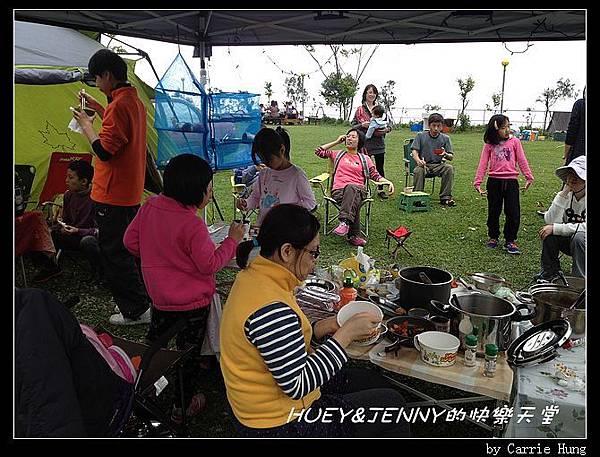 20140322-23-20 午餐中03