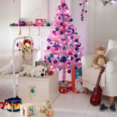 childrens-room-christmas-christmas-decorating-ideas-asda-roomenvy[1].jpg