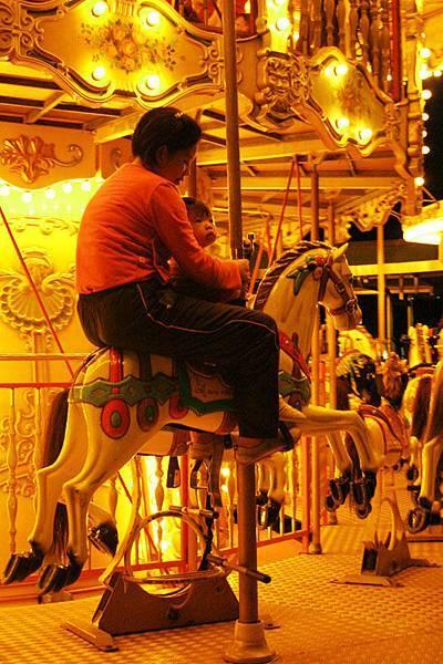 夜遊遊樂園 _1.jpg
