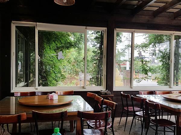 餐廳內部-5.jpg