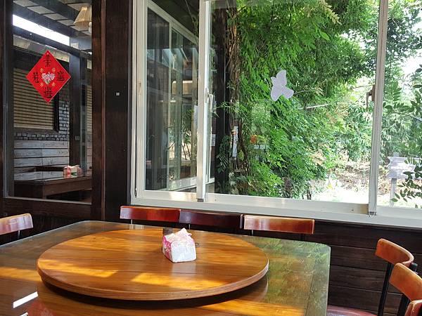 餐廳內部-3.jpg