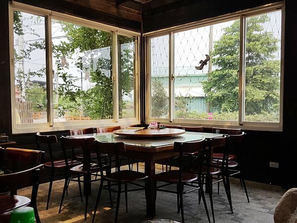餐廳內部-4.jpg