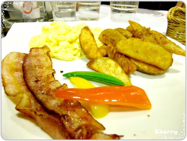美式早餐-培垠