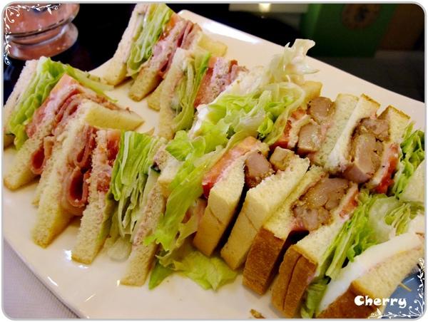 雙口味三明治