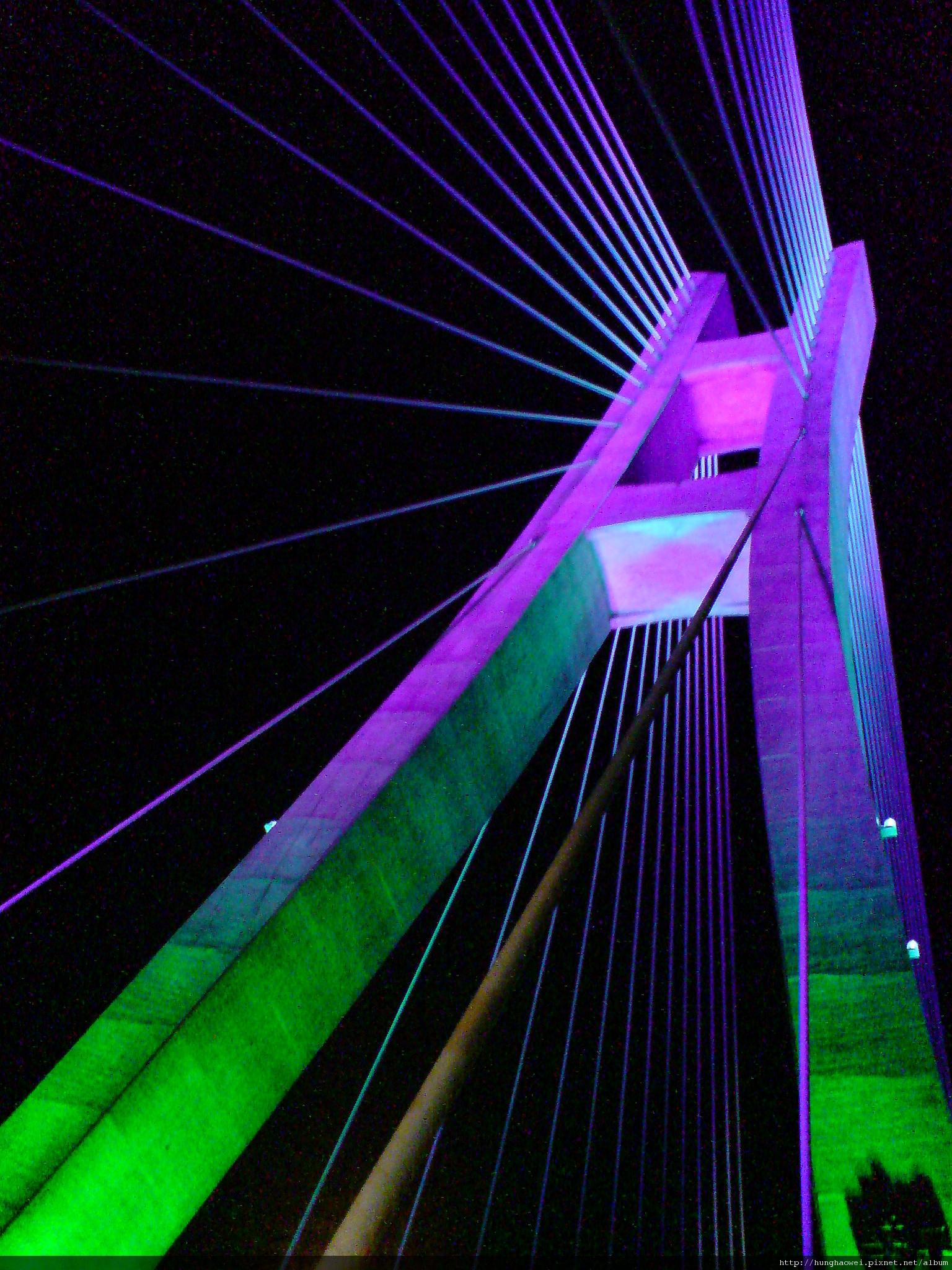 新北大橋纜索