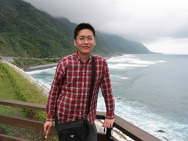 倚靠蘇花公路(2006.12.12)