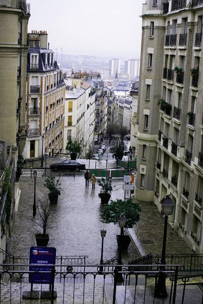 Montmartre stairway.jpg
