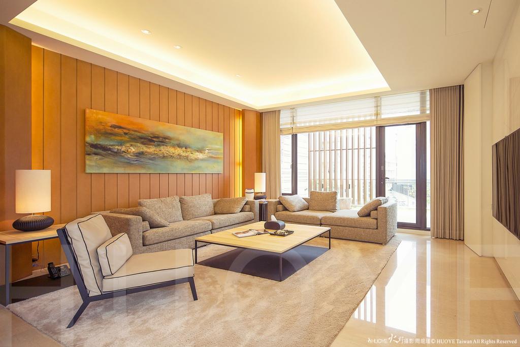 Model House-03.jpg