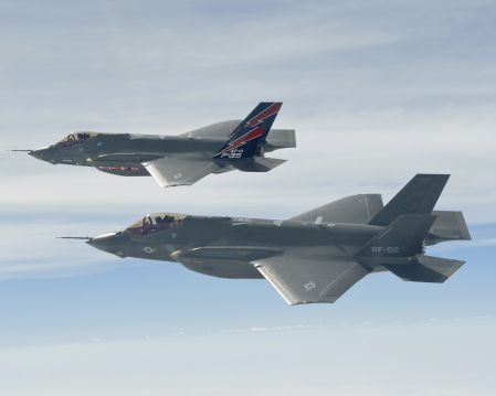 F-35,湯姆克魯斯