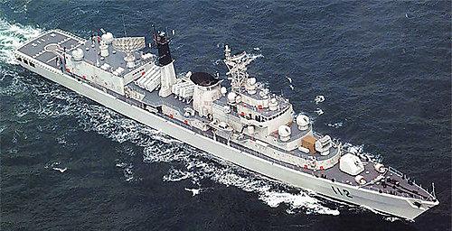 (中)旅滬級導彈驅逐艦