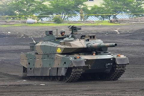 (日) 10式戰車,解放軍96A式主力戰車