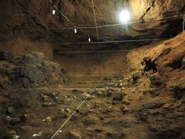 羽蛇神殿地下洞室