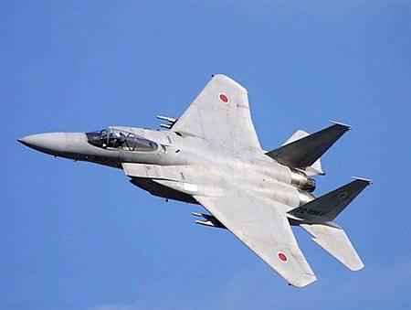 (日) F-15