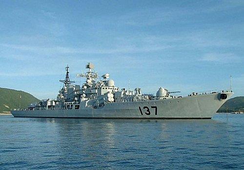 (中) 現代级137號艦