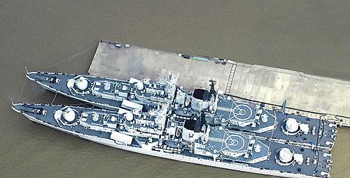 (中) 現代級兩艦