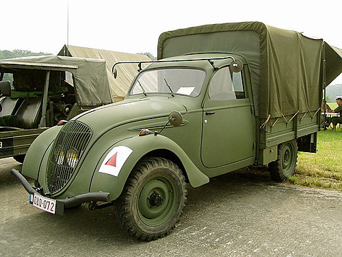 Peugeot 202U Truck