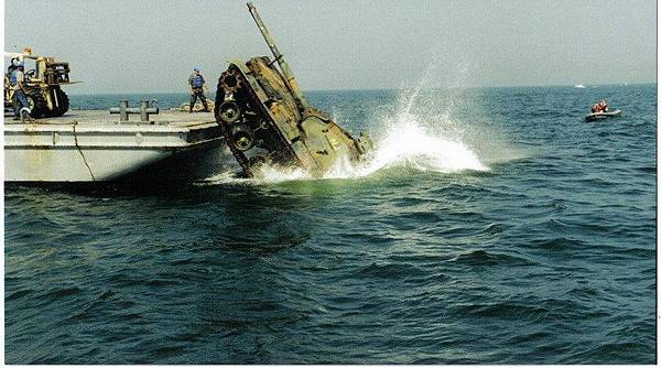 坦克投海5