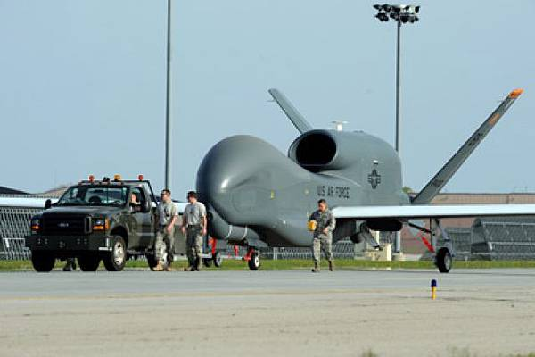 RQ-4全球鷹無人機