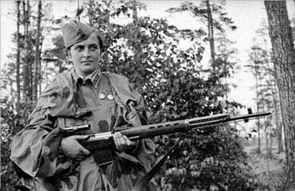 蘇聯美女狙擊手