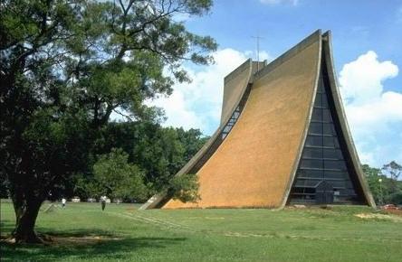 東海大學的路思義教堂