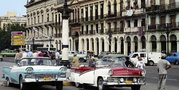 古巴街頭老爺車