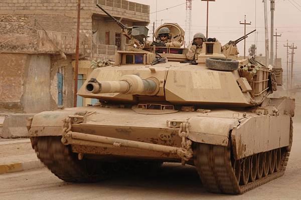 (美) M-1戰車