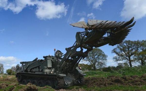 """瑞士軍刀""""裝甲車"""