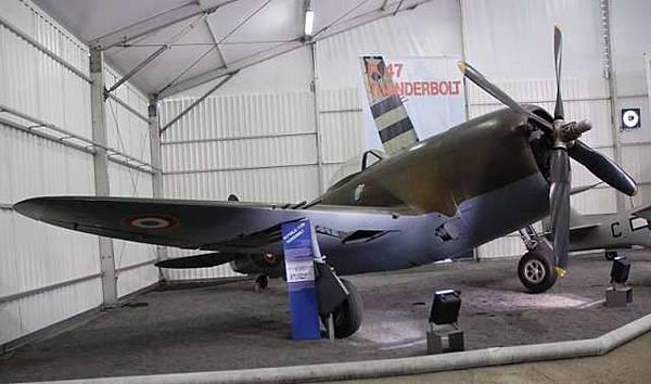 P-47雷霆式