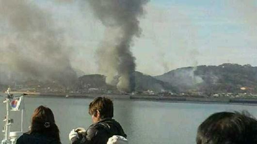 北韓砲彈襲擊南韓小島
