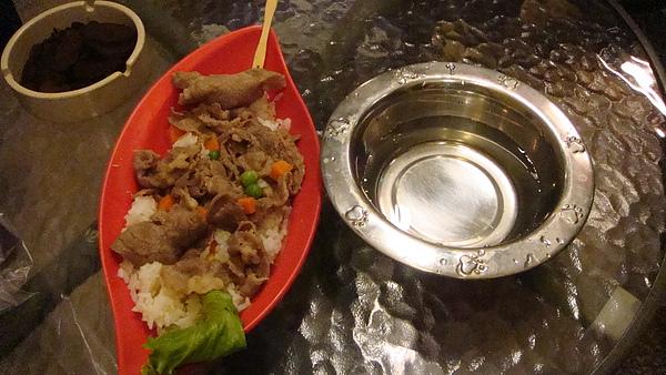 kuro的晚餐-羊肉飯