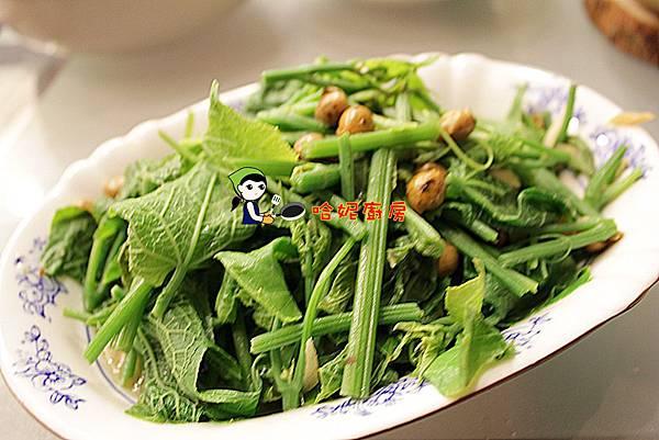 哈妮廚房的簡單素食-破布子炒龍鬚菜