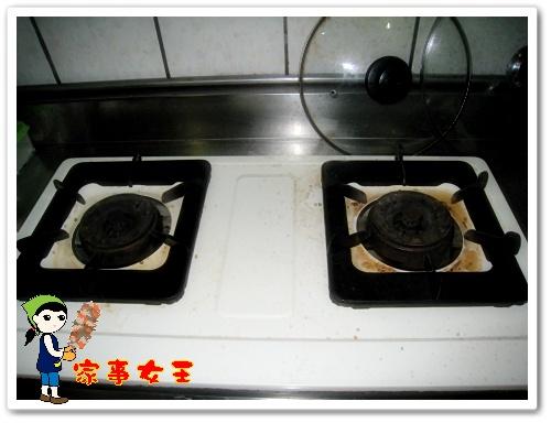 哈士奇居家清潔公司、家事服務-家事女王-瓦斯爐-1清潔前.JPG