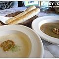 15-亞米小鎮-巧達培根蔬菜濃湯+洋蔥濃湯.jpg