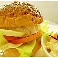 鮪魚沙拉起司堡-1