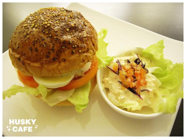 鮪魚沙拉起司堡-5