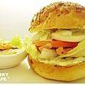 燻雞肉沙拉起司堡-1