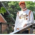 H3 復古運動外套 棒球字 (白)