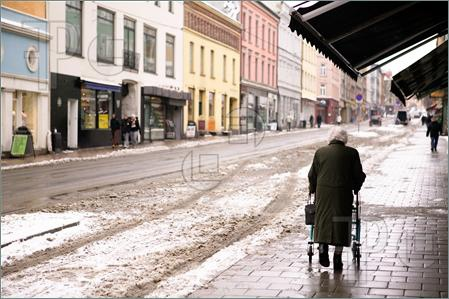 Old-Woman-Walker-1050727