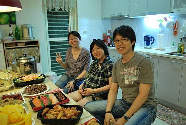 20110802建生女兒滿月party1.jpg