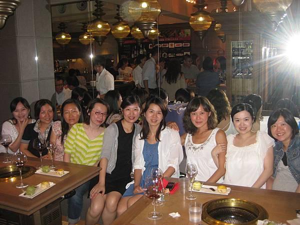 20110813 紅酒乾杯for Kelly回國.jpg