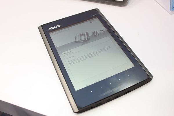 Computex 2010:電子書裝置戰國時期 等等Asus的Eee Tablet吧!
