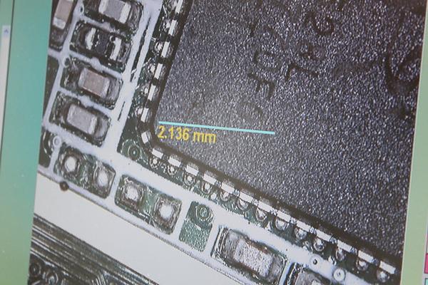 Computex 2010:逆向思考下的顯微攝影機 不妨來看看小宇宙吧!