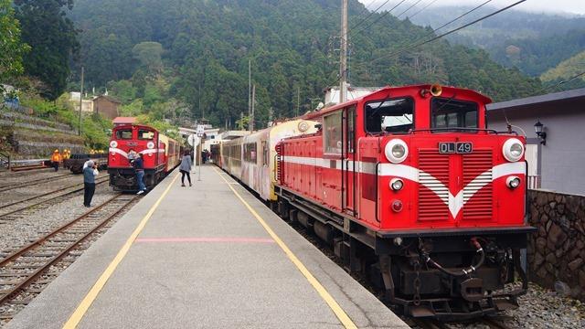 台鐵郵輪列車