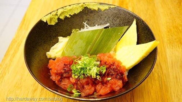 蔥花鮪魚丼