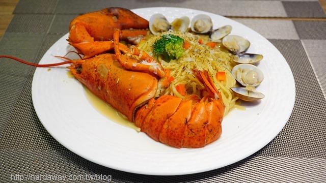 龍蝦白醬義大利麵