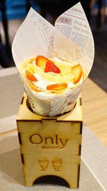 草莓鮮奶油日式可麗餅