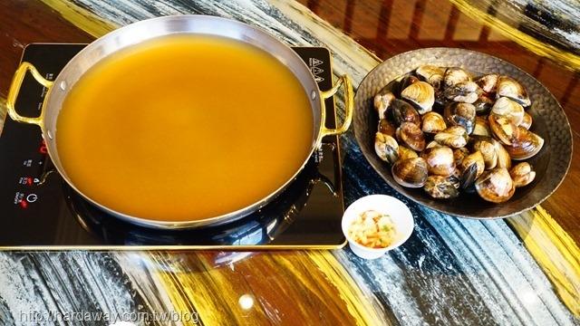 春蛤黃金爆炸鍋