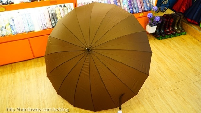 金城武使用的雨傘