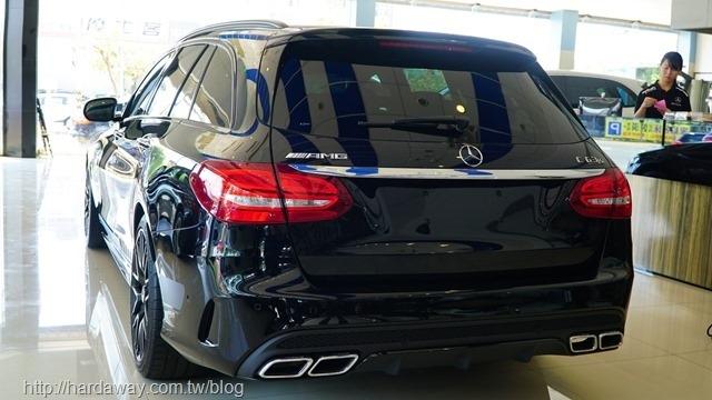 Benz AMG C63 S